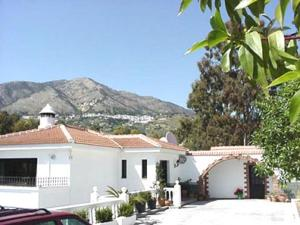 Mijas villa apartments for rent Costa Del Sol Spain with use of pool